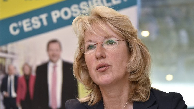 Succession Burkhalter au Conseil fédéral: la conseillère d'Etat vaudoise Jacqueline de Quattro candidate à la candidature