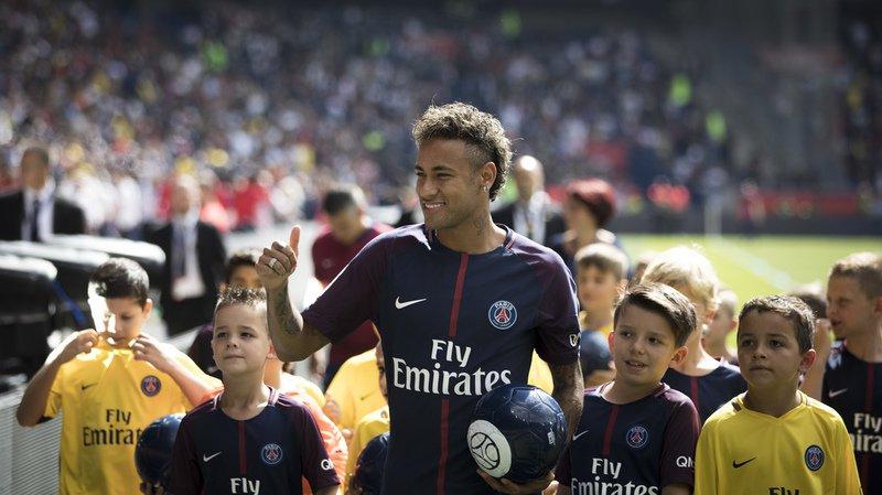 Football: le Brésilien Neymar va pouvoir jouer son premier match avec le Paris SG