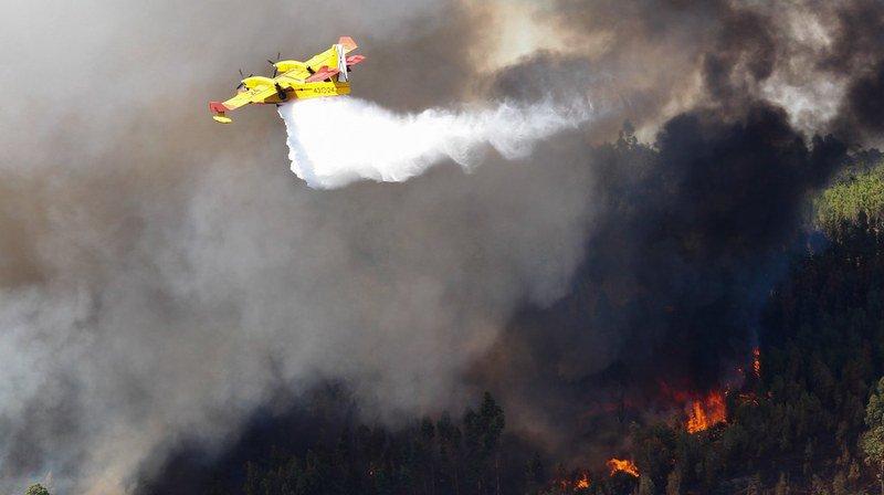 Portugal: deux incendies majeurs continuent de faire rage