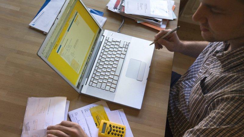 Téléphonie, loyer, électricité, combien coûtent les factures papier?