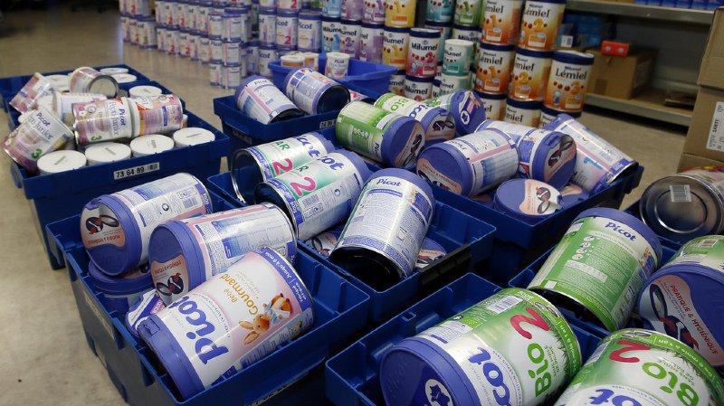 Lait contaminé en France: des boîtes de Lactalis vendues dans cinq enseignes après le rappel