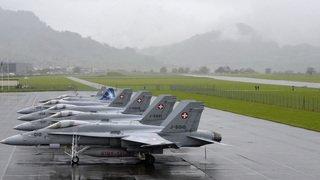 Sécurité: l'aile droite du PS veut de nouveaux avions de combat et des sanctions pénales plus sévères