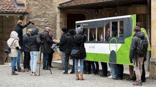 """L'initiative neuchâteloise """"Pour des transports publics gratuits"""" déposée au Château"""