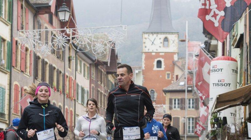 Le Conseil du Jura bernois est notamment compétent pour accorder des subventions à des organisateurs sportifs de la région (ici la Course des pavés de La Neuveville en 2016)