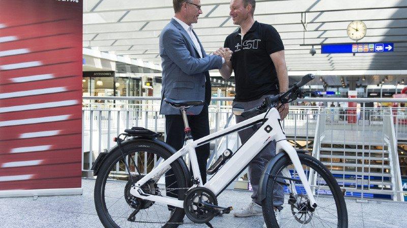 Transports: les CFF lancent une offre alliant voiture électrique, train et parking pour un prix de départ de 910 francs par mois