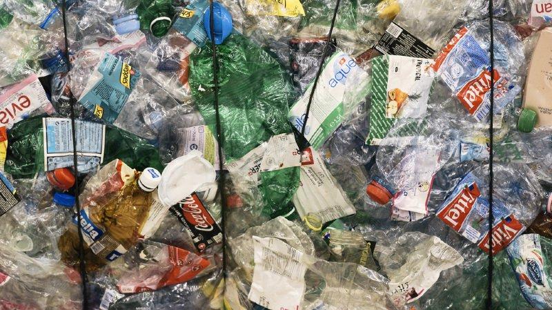 Découverte: des chercheurs créent par hasard une enzyme dévoreuse de plastique