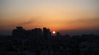 Les Occidentaux frappent les sites chimiques syriens