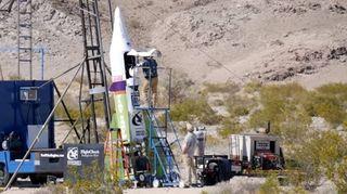 Fusée artisanale: il décolle et se blesse en voulant prouver que la Terre est plate