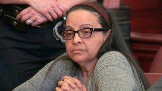 """États-Unis: la """"nounou tueuse"""" de Manhattan reconnue coupable"""