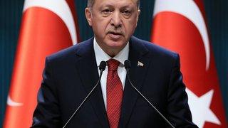 Les Turcs voteront  un an et demi plus tôt
