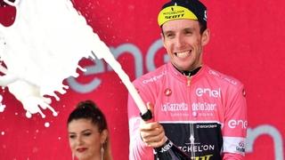 Simon Yates conserve son maillot rose, mais laisse une ouverture