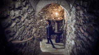 Quand le théâtre descend dans les caves du canton de Neuchâtel