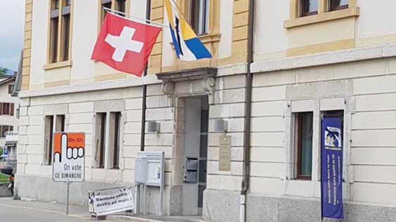Peseux devra revoter sur la fusion Neuchâtel Ouest décide le Tribunal fédéral