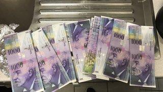 En débarrassant des cartons, un magasin de la Croix-Bleue trouve 100 000 francs