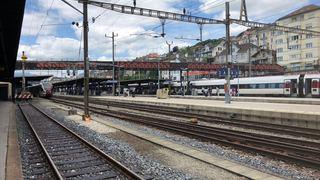La passerelle de la gare de Neuchâtel fermée pour travaux