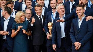 Macron surfe sur  la victoire