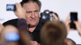 """Cinéma: l'acteur français Gérard Depardieu, visé par une plainte pour viol, conteste """"absolument"""""""