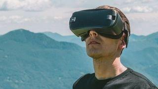 """L'app """"Virtual Reality CFF"""" permet de découvrir virtuellement Zurich, Lugano ou encore Zermatt"""