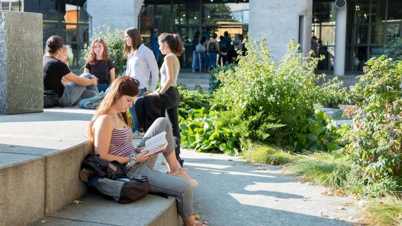 Les atouts de l'Université de Neuchâtel pour attirer des étudiants étrangers