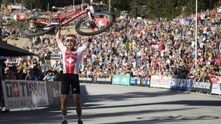 VTT: Nino Schurter remporte «les plus beaux Mondiaux de l'histoire»