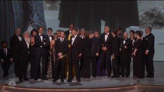 """""""Mme Maisel"""" grande gagnante des Emmy Awards"""