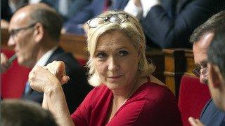 France: un juge ordonne à Marine Le Pen de se soumettre à une expertise psychiatrique