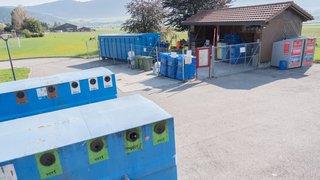 Le concept de deux déchetteries à Val-de-Ruz finit à la poubelle