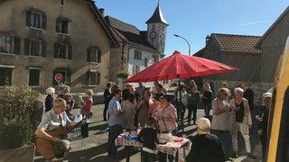Dernier hommage des habitants de Lignières à leur office postal