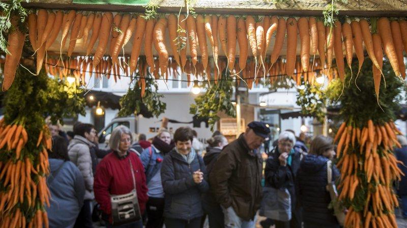 A Aarau, mercredi, le marché aux carottes a attiré 40'000 visiteurs.