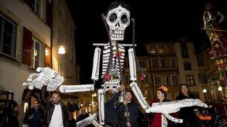 Le jour des morts célébré à Neuchâtel