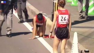 Japon: elle termine son relais sur les genoux après s'être cassé la jambe