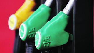 Pourquoi l'essence est-elle si chère?