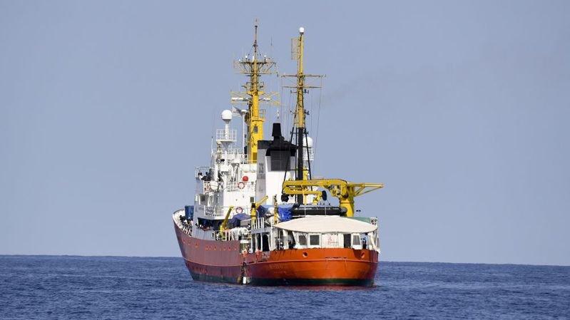 La Suisse n'accordera pas de pavillon au navire Aquarius.