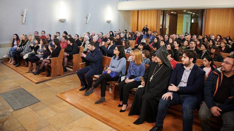 Beaucoup de monde à la chapelle de la Maladière.