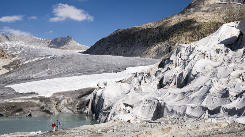 Changement climatique: la fonte des glaciers s'accélère et augmente le niveau des mers