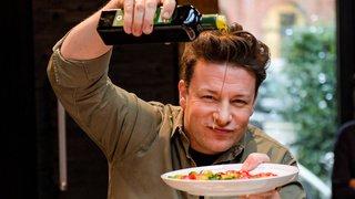 Gastronomie: le célèbre chef anglais Jamie Oliver en faillite, 1300 emplois menacés