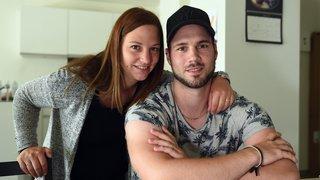 Le combat d'un hockeyeur du Jura bernois pour revivre après une terrible charge