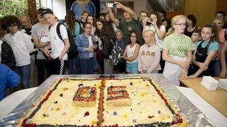 Colombier: gâteau géant pour les 50 ans du collège de Cescole