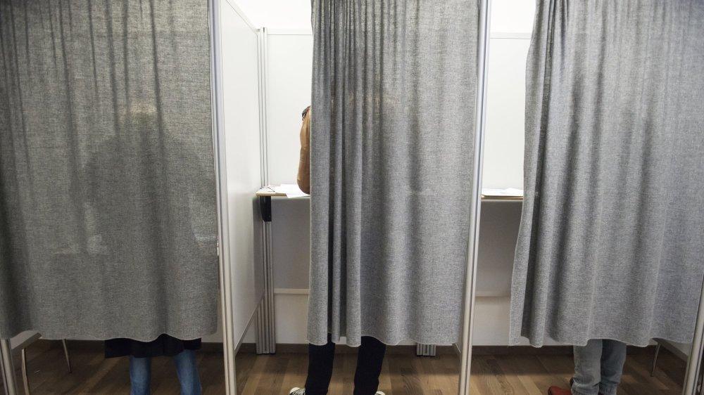 Les électeurs neuchâtelois ne peuvent, pour l'heure, plus se prononcer par internet lors des élections et votations.