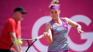 Conny Perrin face à une joueuse russe à Lausanne