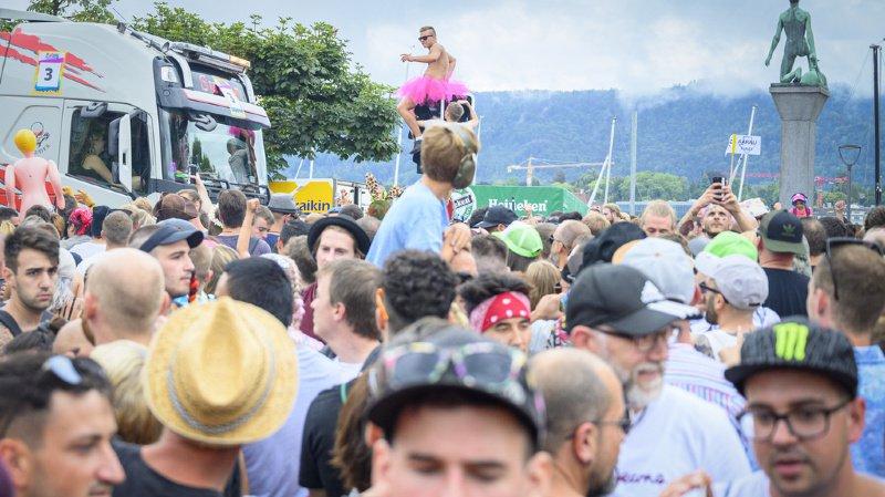 Zurich: la 28e Street Parade de Zurich réunit une foule de fans de techno