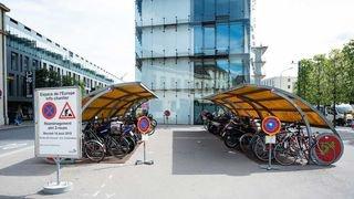 Un nouvel abri pour vélos à la gare de Neuchâtel