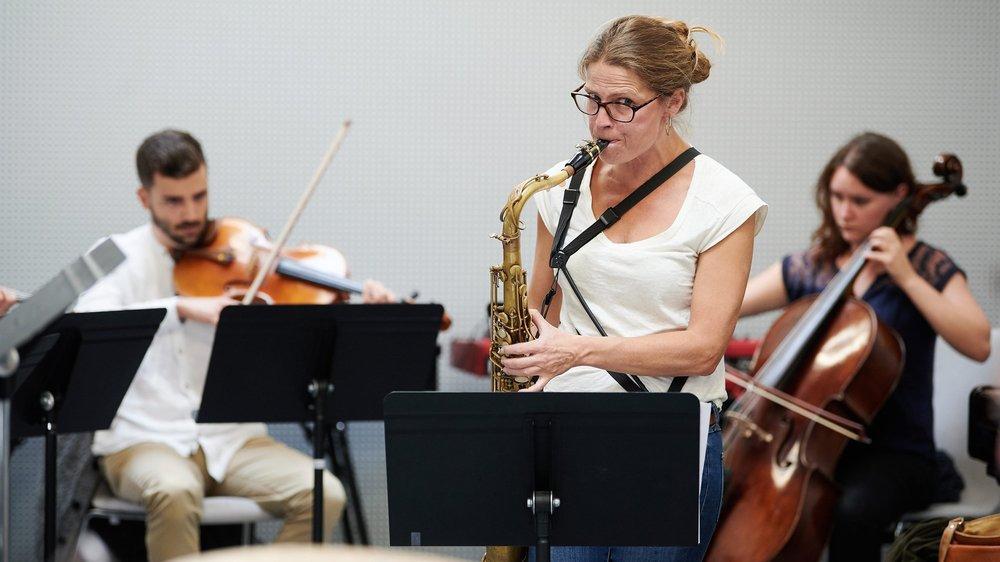 La saxophoniste neuchâteloise Juliane Rickenmann s'est entourée d'un quatuor à cordes.