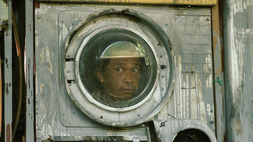 L'astronaute persécuté de «Hiruk-Pikuk si al Kisha» («The Science of Fictions») du Malaisien Yosep Anggi Noen.
