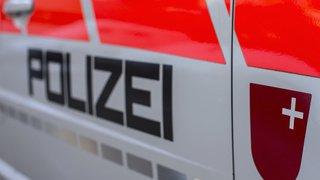 Schwyz: un homme de 29 ans, disparu depuis 6 jours, retrouvé sans vie dans une forêt