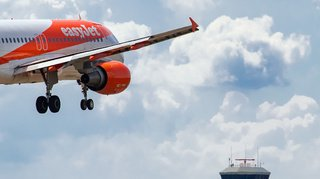 Transport aérien: le pilote d'un avion Easyjet est absent, un passager du vol le remplace