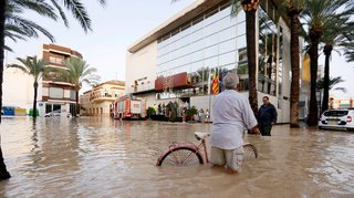 Espagne: six morts dans des inondations, au moins 3500 personnes évacuées dans le sud-est du pays