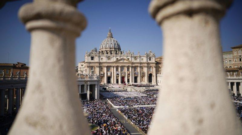 C'est le pape François qui présidera la cérémonie de canonisation ce dimanche au Vatican. (Archives)
