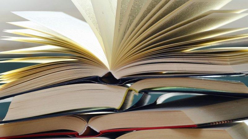 Les candidats au Nobel de littérature doivent être vivants et - en principe - avoir publié dans l'année.