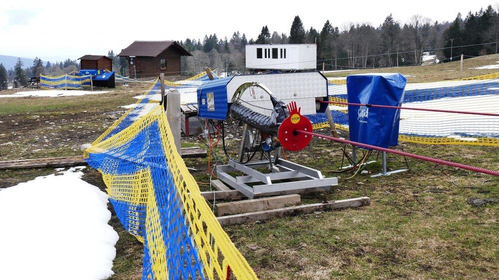Pas de grand téléski à La Vue-des-Alpes cet hiver, mais les enfants pourront faire leurs armes sur le petit tire-fesses en bas de la piste, pour autant qu'il neige...